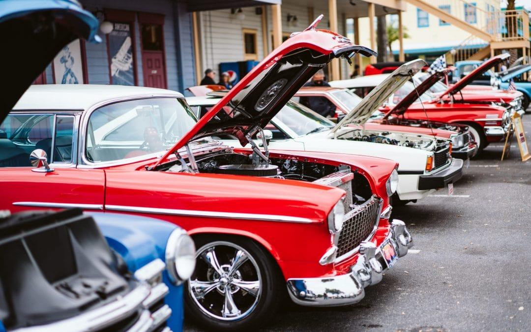 Classic Cars Cruise Main Street Every Saturday Night
